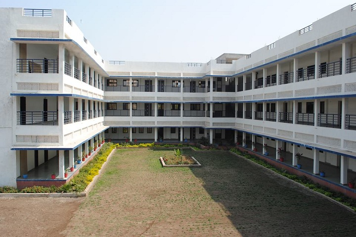 https://cache.careers360.mobi/media/colleges/social-media/media-gallery/8826/2018/10/15/Campus View of Smt Shantaben Haribhai Gajera Engineering College Amreli_Campus-View.jpg