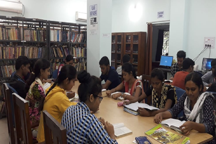 https://cache.careers360.mobi/media/colleges/social-media/media-gallery/8837/2019/4/3/Library of Durgapur Government College Durgapur_Library.jpg