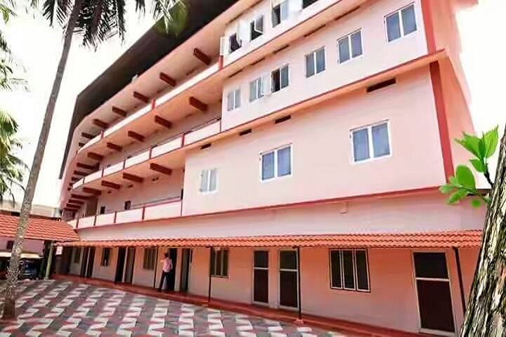 https://cache.careers360.mobi/media/colleges/social-media/media-gallery/8872/2019/3/5/Campus View of Devaki Amma Memorial College of Pharmacy Chelembra_Campus-View.jpg