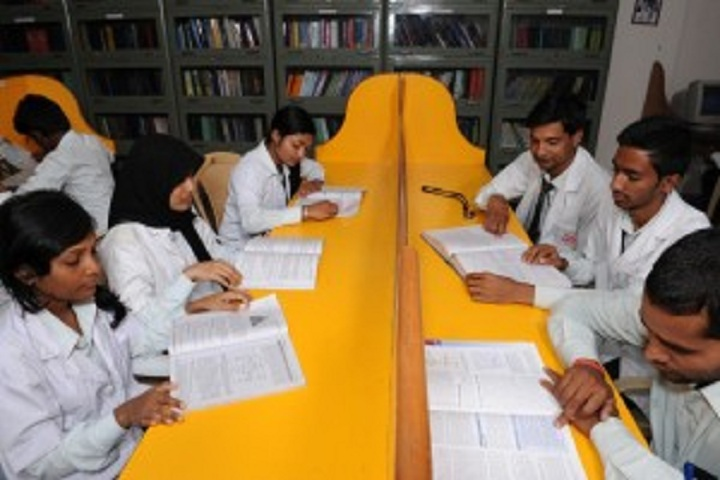 https://cache.careers360.mobi/media/colleges/social-media/media-gallery/8888/2019/3/4/Reading Room of Gautham College of Pharmacy Bangalore_Library.jpg