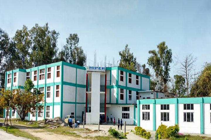 https://cache.careers360.mobi/media/colleges/social-media/media-gallery/8901/2019/2/25/Campus view of Himachal Institute of Pharmaceutical Education and Research Hamirpur_Campus-view.png