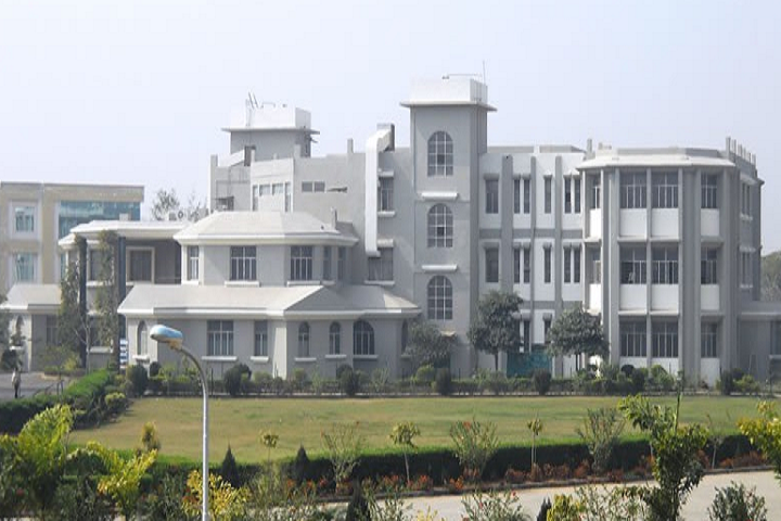 https://cache.careers360.mobi/media/colleges/social-media/media-gallery/8909/2019/2/25/Campus view of IPS College of Pharmacy Gwalior_Campus-view.png