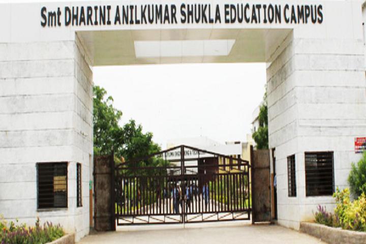 https://cache.careers360.mobi/media/colleges/social-media/media-gallery/8954/2018/7/21/Smt-Dharini-Anilkumar-Education-Campus-Mahemdabad-Campus.png