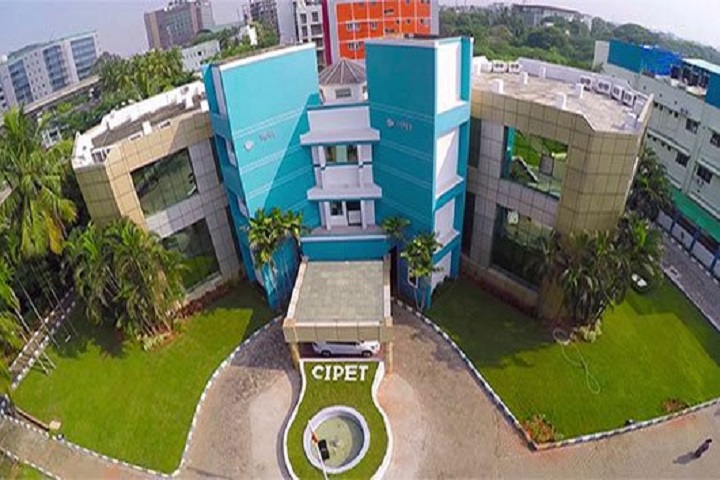 https://cache.careers360.mobi/media/colleges/social-media/media-gallery/8985/2018/9/5/Campus View of Central Institute of Plastics Engineering and Technology Bhopal_Campus View.jpg