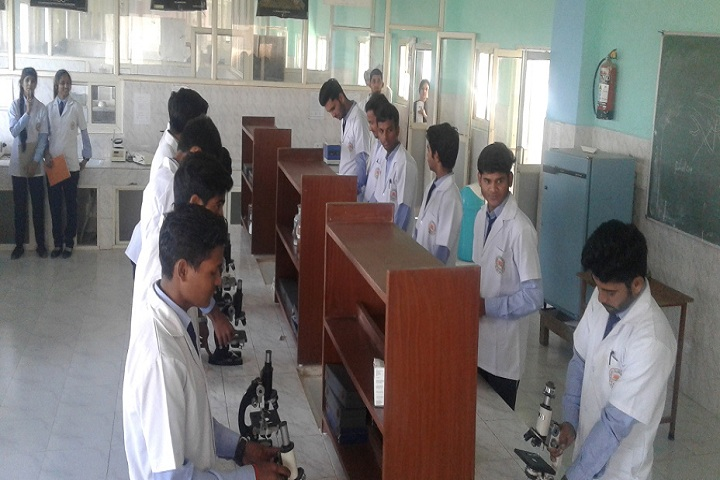 https://cache.careers360.mobi/media/colleges/social-media/media-gallery/9117/2019/2/26/Laboratory of Vivekanand College of Pharmacy Bhopal_Laboratory.jpg