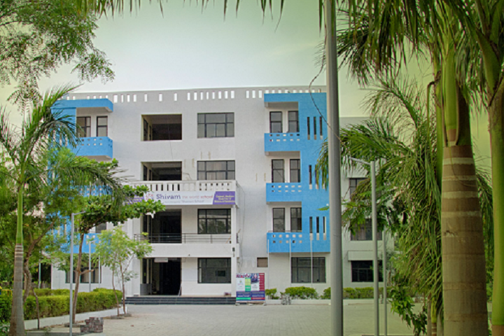 https://cache.careers360.mobi/media/colleges/social-media/media-gallery/9187/2019/3/6/Campus View of Shivam Institute of Computer Technology Anand_Campus-View.png