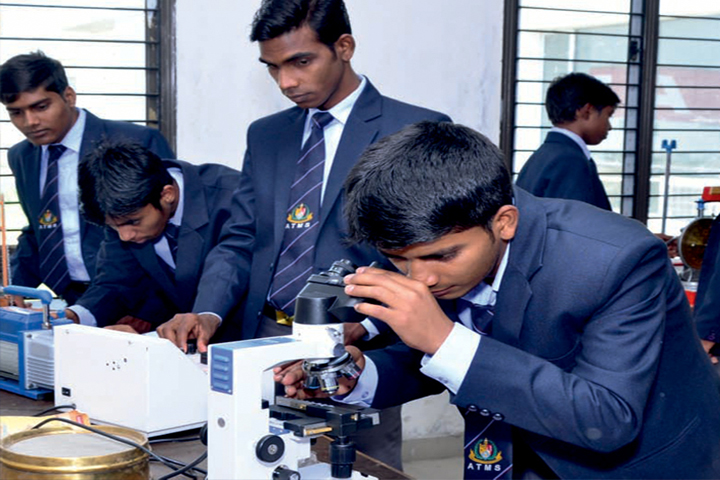 https://cache.careers360.mobi/media/colleges/social-media/media-gallery/9191/2019/1/8/Mechanical Lab of ATMS Group of Institutions Hapur_Laboratory.jpg