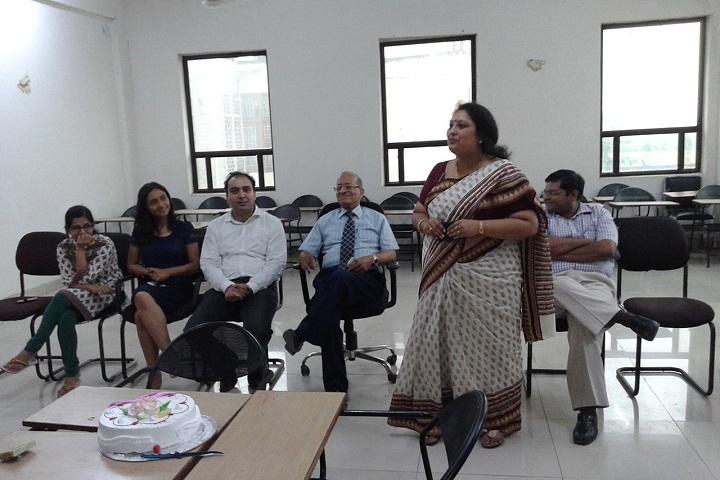 https://cache.careers360.mobi/media/colleges/social-media/media-gallery/9192/2017/1/17/1-INJ-Business-School-Greater-Noida-(13).jpg
