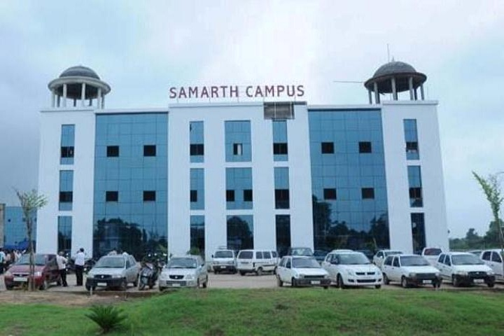 https://cache.careers360.mobi/media/colleges/social-media/media-gallery/9195/2019/3/7/College View of Samarth College of Computer Application Sabarkantha_Campus-View.jpg