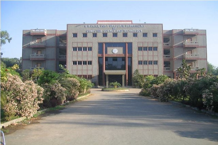 https://cache.careers360.mobi/media/colleges/social-media/media-gallery/9196/2019/4/3/Campus-View of GH Patel PG Department of Computer Science and Technology Anand_Campus-View.jpg