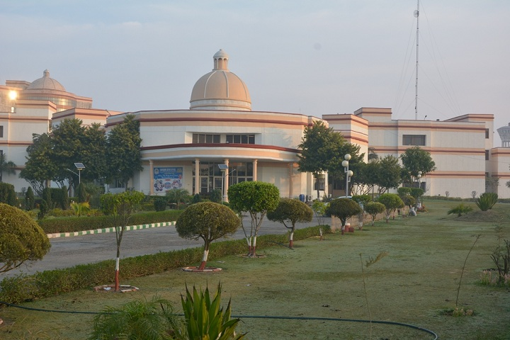 https://cache.careers360.mobi/media/colleges/social-media/media-gallery/9206/2018/9/6/Campus View i of Swami Devi Dyal Institute of Computer Science Panchkula_Campus-View.jpg