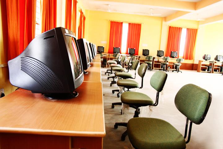 https://cache.careers360.mobi/media/colleges/social-media/media-gallery/9211/2016/12/26/Pratap-College-of-Management-Fatehpur-5.JPG
