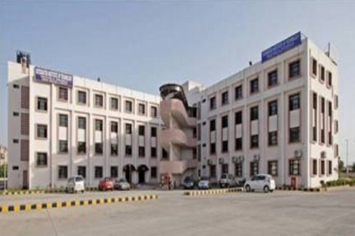 https://cache.careers360.mobi/media/colleges/social-media/media-gallery/9231/2019/1/20/Campus View of Integrated Institute of Technology Dwarka_Campus-view.jpg