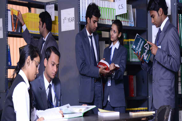 https://cache.careers360.mobi/media/colleges/social-media/media-gallery/9236/2017/2/13/Naraina-College-of-Management-Kanpur07.jpg