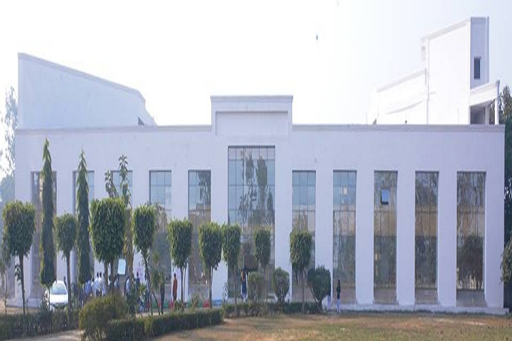 https://cache.careers360.mobi/media/colleges/social-media/media-gallery/9240/2019/1/21/Campus View of School of Business Management and Technology Bulandshahr_Campus-View.jpg