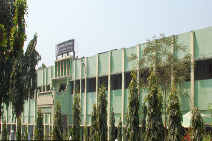 https://cache.careers360.mobi/media/colleges/social-media/media-gallery/9295/2018/12/5/Side View of Allahabad Degree College Allahabad_Campus-View.JPG