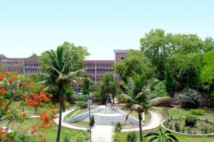 https://cache.careers360.mobi/media/colleges/social-media/media-gallery/9304/2019/3/25/Campus View of Anugrah Narayan Singh College Patna_Campus-View.jpg