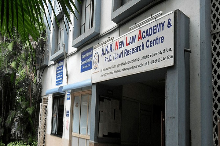 https://cache.careers360.mobi/media/colleges/social-media/media-gallery/9449/2019/5/4/Campus View of MCE Societys AKK New Law Academy and PhD Research Centre Pune_Campus-View.jpg