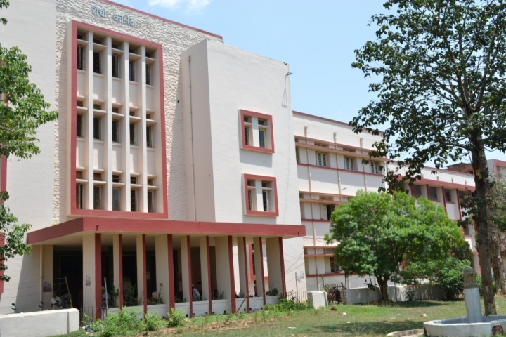 https://cache.careers360.mobi/media/colleges/social-media/media-gallery/9480/2018/12/31/Campus view of Ranchi College Ranchi_Campus-view.jpg