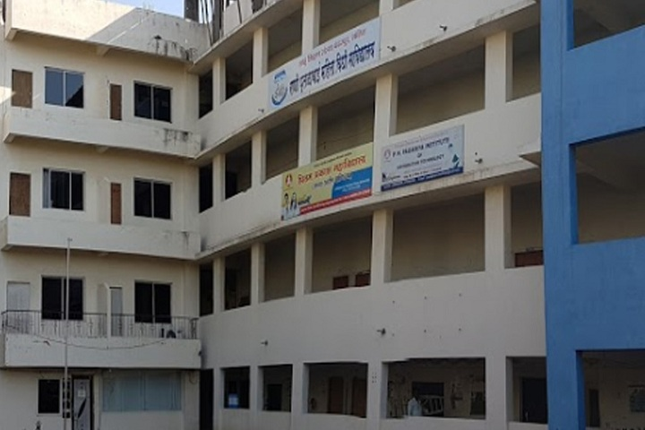 https://cache.careers360.mobi/media/colleges/social-media/media-gallery/9497/2019/5/15/Campus view of Shahu Shikshan Sanstha Rani Putalabai Womens Law College Pune_Campus-view.jpg