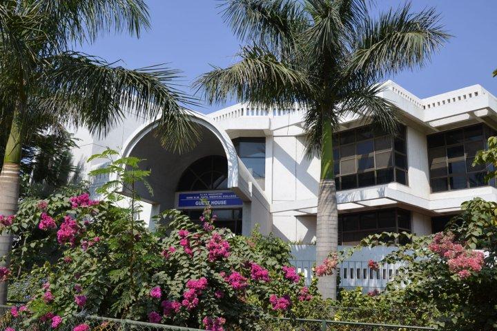 https://cache.careers360.mobi/media/colleges/social-media/media-gallery/952/2017/10/6/BLDE-University-Bijapur17.jpg
