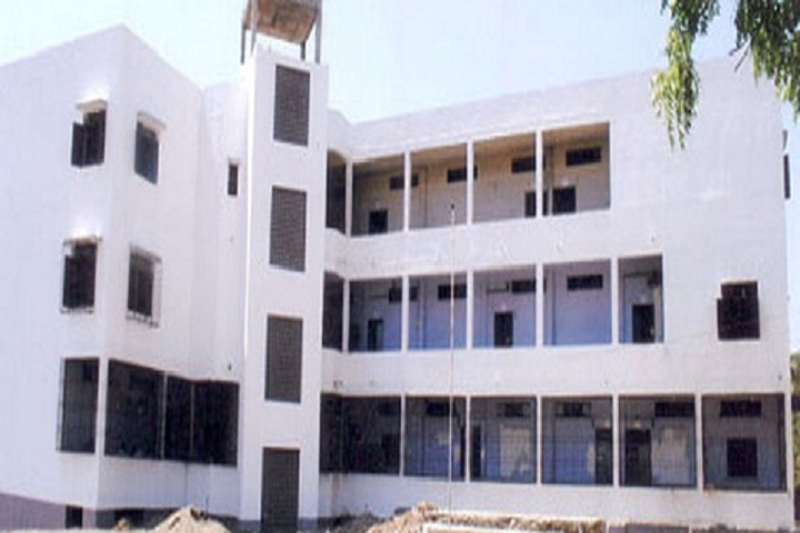 https://cache.careers360.mobi/media/colleges/social-media/media-gallery/9536/2018/12/1/Campus View of Foster Development School of Management Aurangabad_Campus-View.png