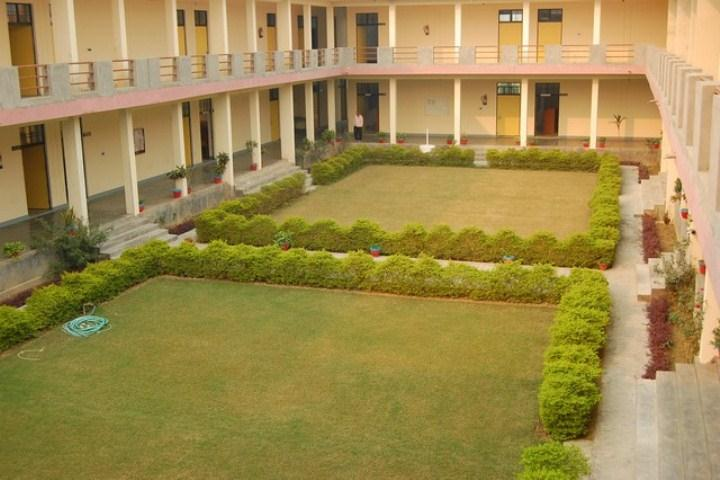 https://cache.careers360.mobi/media/colleges/social-media/media-gallery/9545/2018/11/30/College Building View of Vivekananda College of Law Aligarh_Campus-View.jpg
