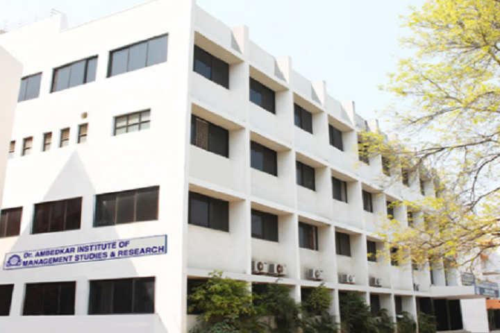 https://cache.careers360.mobi/media/colleges/social-media/media-gallery/9564/2018/12/4/Building View of Dr Ambedkar Institute of Management Studies and Research Nagpur_Campus-View.png