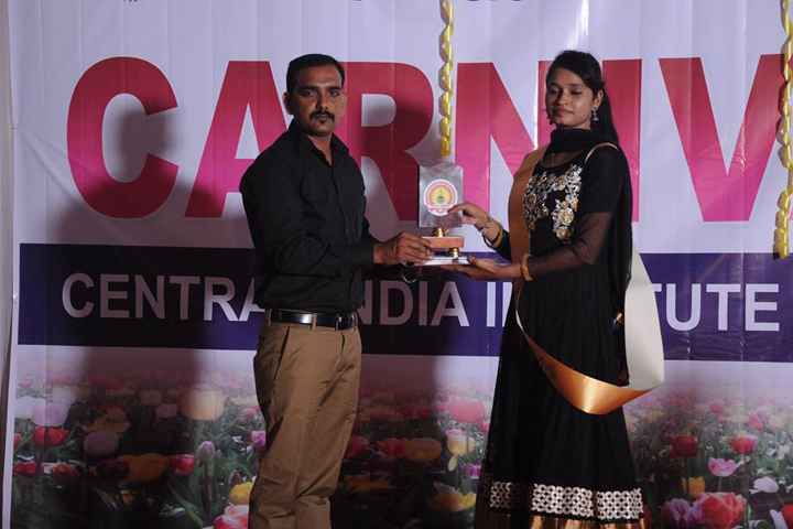 https://cache.careers360.mobi/media/colleges/social-media/media-gallery/9569/2018/12/5/Presentation of Central India Institute of Management Studies Nagpur_Events.jpg