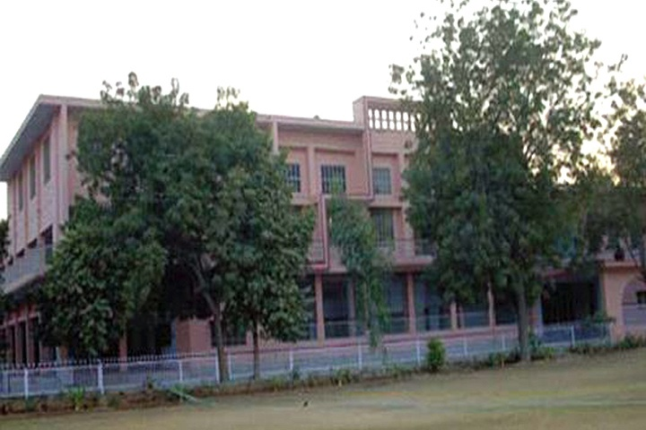 https://cache.careers360.mobi/media/colleges/social-media/media-gallery/9596/2018/12/1/College Building View of Nehru Memorial Law PG College Hanumangarh_Campus-View.JPG