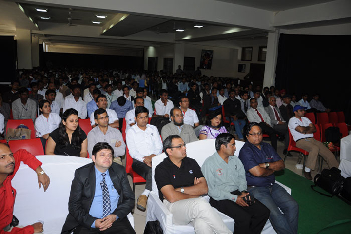 https://cache.careers360.mobi/media/colleges/social-media/media-gallery/9679/2017/1/3/Indore-Institute-of-Computer-Application-(9).jpg