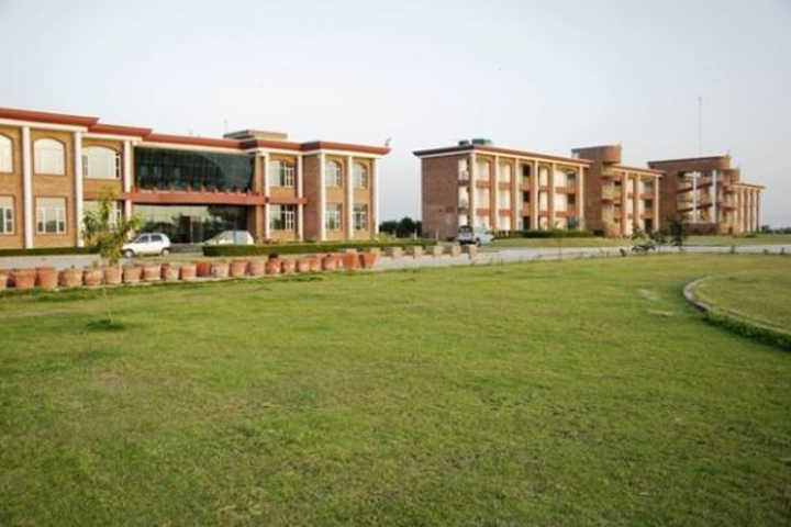 https://cache.careers360.mobi/media/colleges/social-media/media-gallery/9761/2018/11/29/College Building View of Maa Omwati Institute of Management and Technology Palwal_Campus-View.JPG