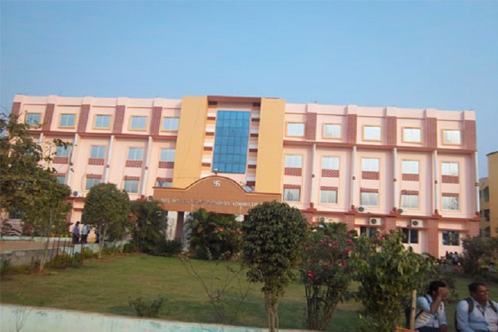 https://cache.careers360.mobi/media/colleges/social-media/media-gallery/9821/2018/11/28/Campus-View of NIIS Institute of Business Administration Madanpur_Campus-View.jpg