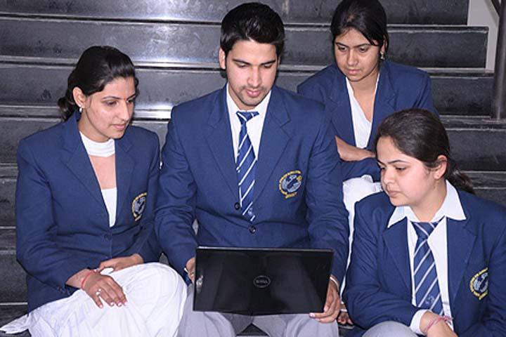 https://cache.careers360.mobi/media/colleges/social-media/media-gallery/9824/2017/1/9/Global-Institute-Of-Management-Amritsar-(17).jpg