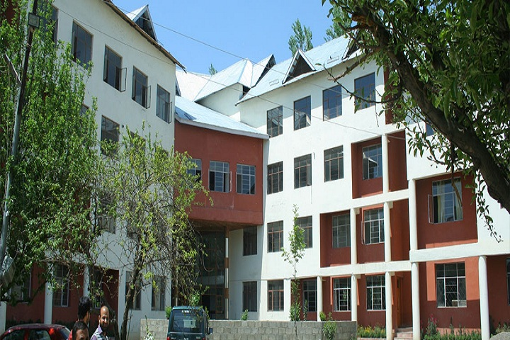 https://cache.careers360.mobi/media/colleges/social-media/media-gallery/9876/2018/12/5/College Building View of Vitasta School of Law and Humanities Srinagar_Campus-View.jpg