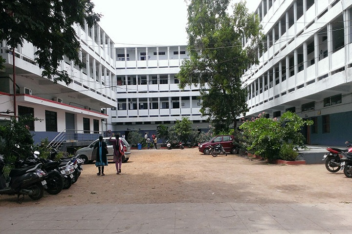 https://cache.careers360.mobi/media/colleges/social-media/media-gallery/9887/2018/12/11/Campus View of MSS Law College Hyderabad_Campus-View.jpg