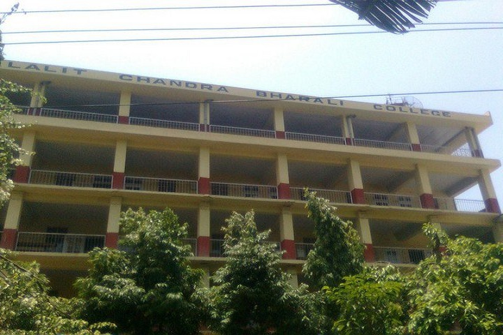 https://cache.careers360.mobi/media/colleges/social-media/media-gallery/9987/2019/5/3/College Building of Lalit Chandra Bharali College Guwahati_Campus-View.jpg