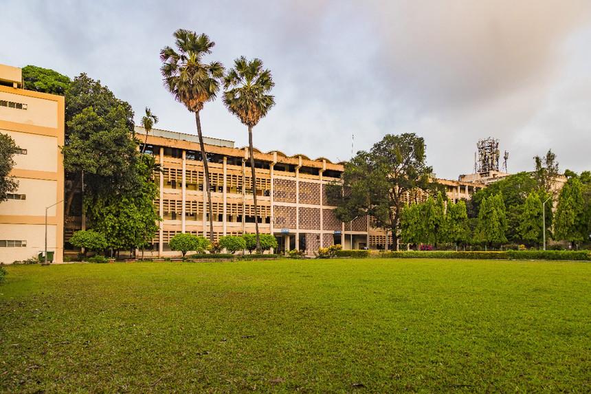 COVID-19: IIT Bombay loses professor of biosciences, bio-engineering