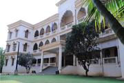 Vishwashanti gurukul building