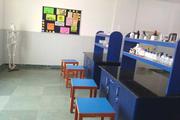Indirapuram Public School Girls-Chemistry Lab