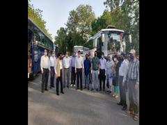 Lockdown 4: Jamia Millia Islamia University Hostellers From Uttar Pradesh Leave For Home In Special Buses