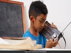 'Radio Classes' Helping Students In Jammu-Kashmir's Doda Complete Syllabus Amid Lockdown