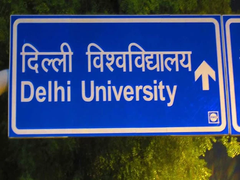 Delhi High Court Directs DU To Provide Scribes To Visually Impaired Students For Online Exams