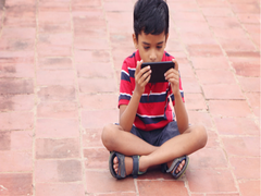 Percentage Of School Students Owning Smartphone In Rural India Rose To 61% In 2 Years: Economic Survey