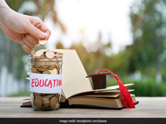 Manish Sisodia Gives Cheques For Rs 48.14 Crore To 6,820 Students Pursuing Higher Education