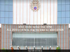 AICTE Allows 3 Haryana Colleges To Start B Tech Course In Hindi