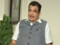 Nitin Gadkari Asks Students To Be Catalyst For Social Change