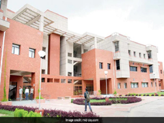 IIT Kanpur Establishes Centre To Provide Opportunities To Language-Disadvantaged Students