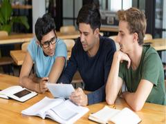Opinion: New CBSE Syllabus Will Push JEE, NEET Aspirants To Coaching