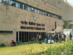 IIT Delhi To Launch More Courses, Steers Towards Implementation Of NEP 2020